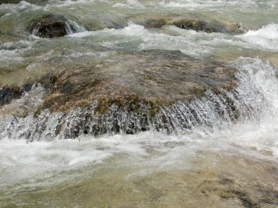 water-1664385.jpg