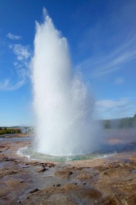 geyser-921782.jpg