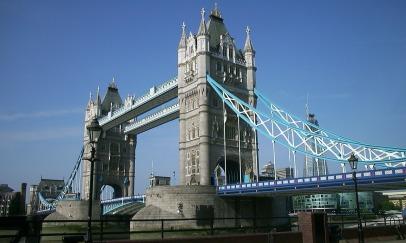 tower-bridge-189077_1280.jpg
