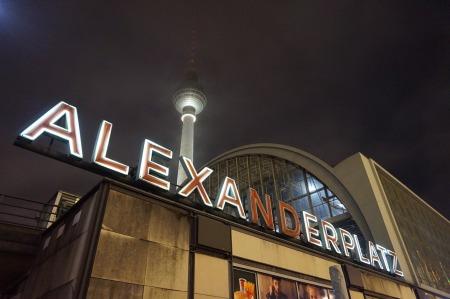 alexanderplatz-1343313_1920