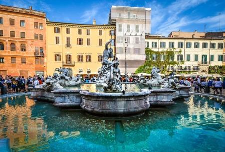 piazza-2027889_1920.jpg