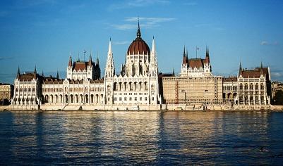 parliament-building-2267069_1920