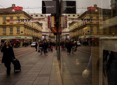 reflection-660948_1920.jpg