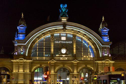central-station-2139984_1920