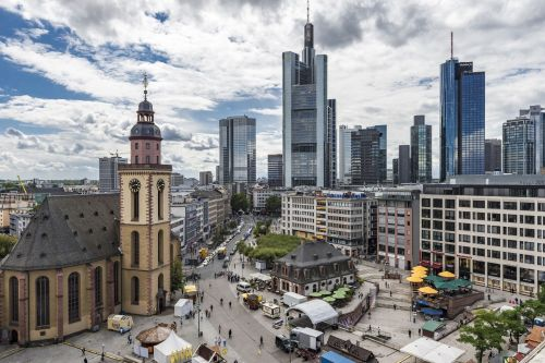 frankfurt-am-main-germany-1588758_1920