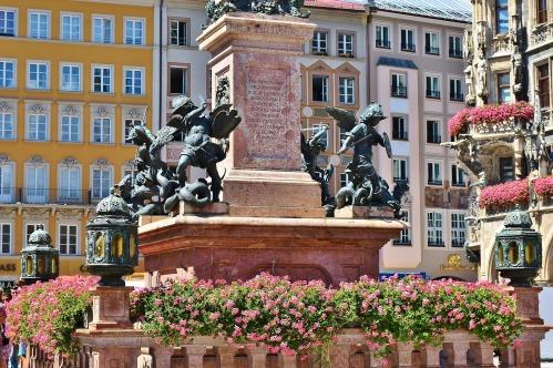 marienplatz-1685882_1920