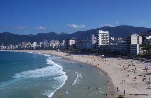 beaches-554775_1920