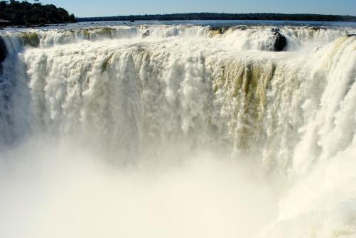 iguazu-falls-1490834_1920