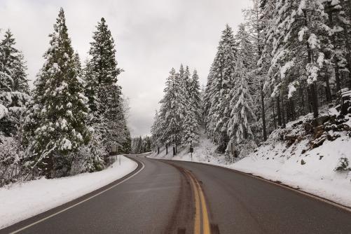 snow-1093741_1920