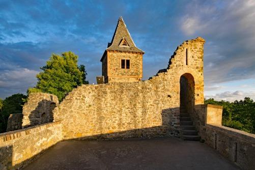 castle-2480218_1920